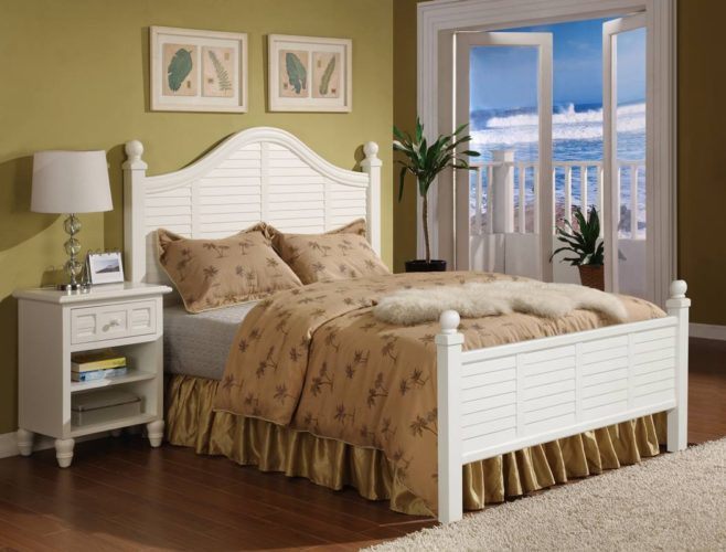 Oceanside-bed-shutter-white-tropical-casual.