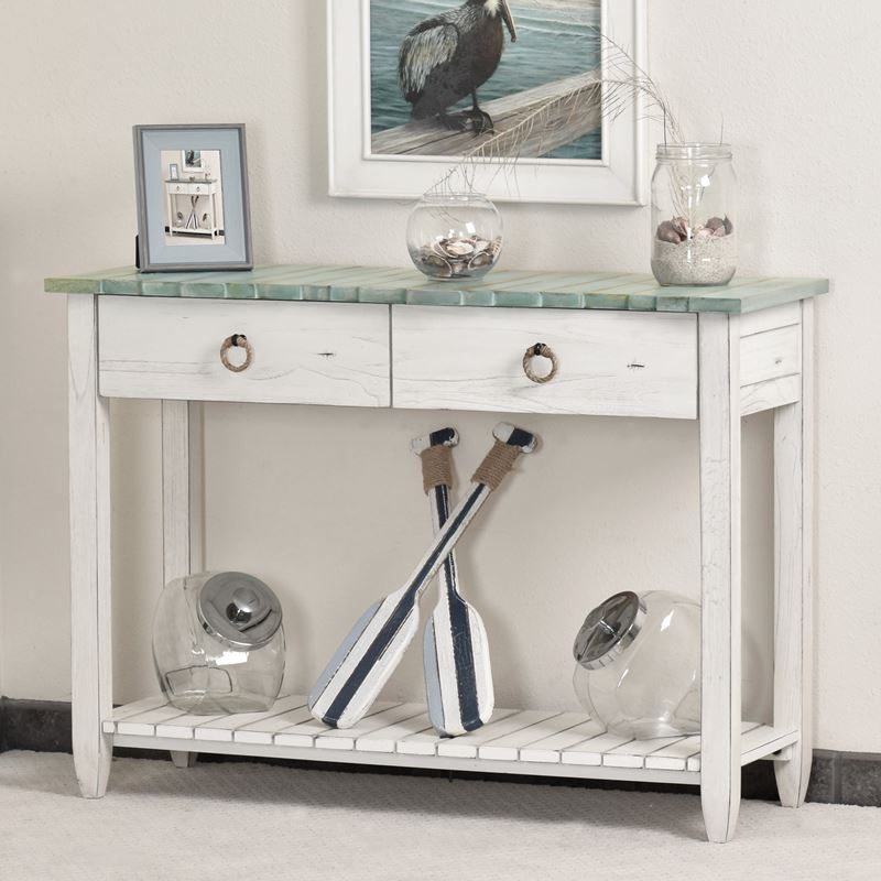 Picket-Fence-Coastal-decor-sofa-tabe-and-console-table