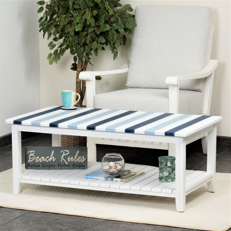 Nantucket-casual-Nautical-decor-living-room-coffee-table-navy-blue